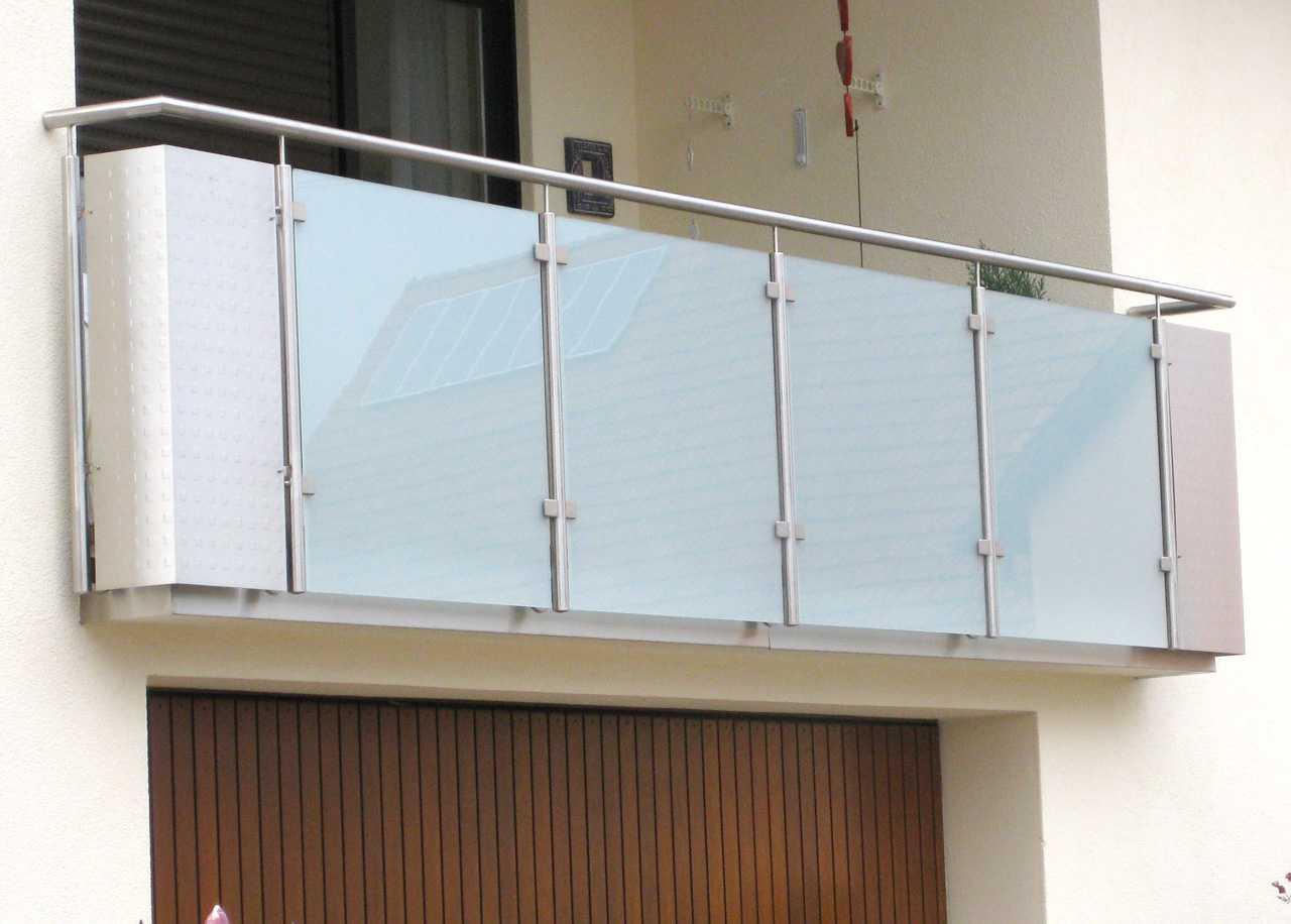 balkongel nder edelstahl und milchglas die neueste innovation der innenarchitektur und m bel. Black Bedroom Furniture Sets. Home Design Ideas