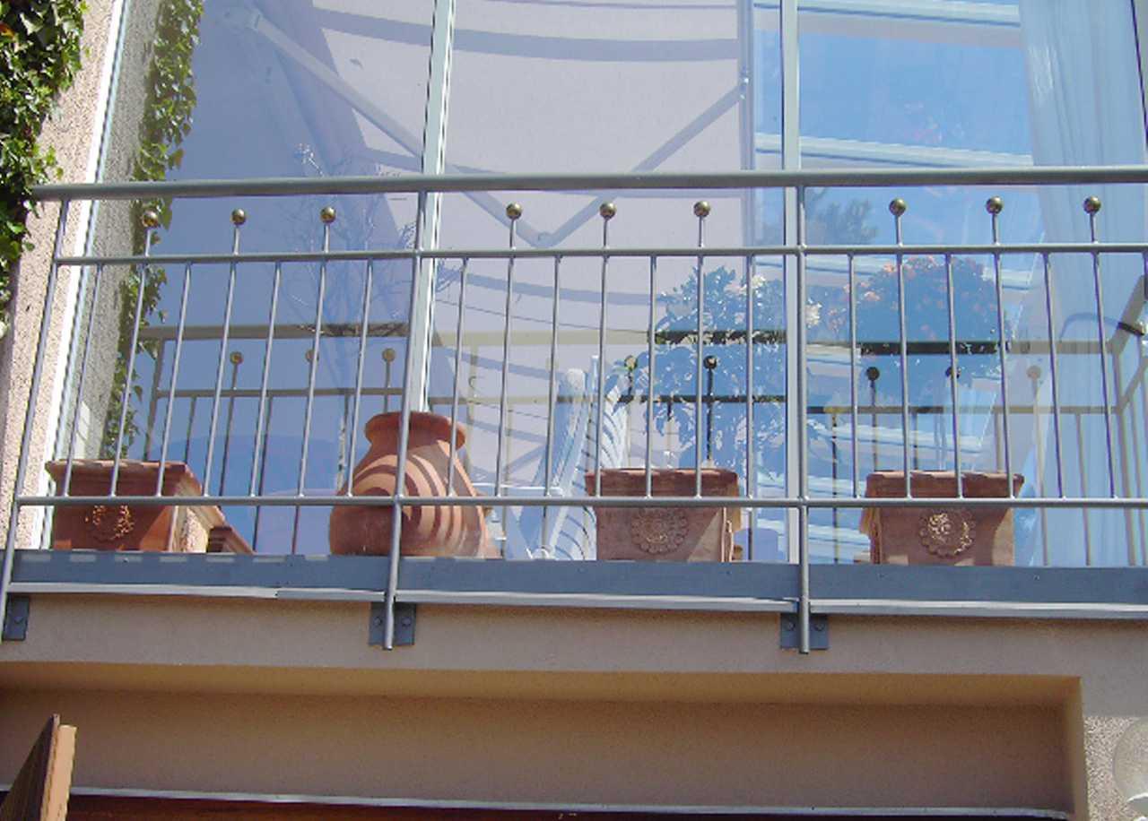 franz sischer balkon aus verzinktem stahl stahl balkongel nder. Black Bedroom Furniture Sets. Home Design Ideas